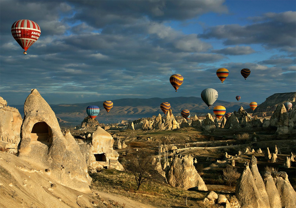 balloons over turkey