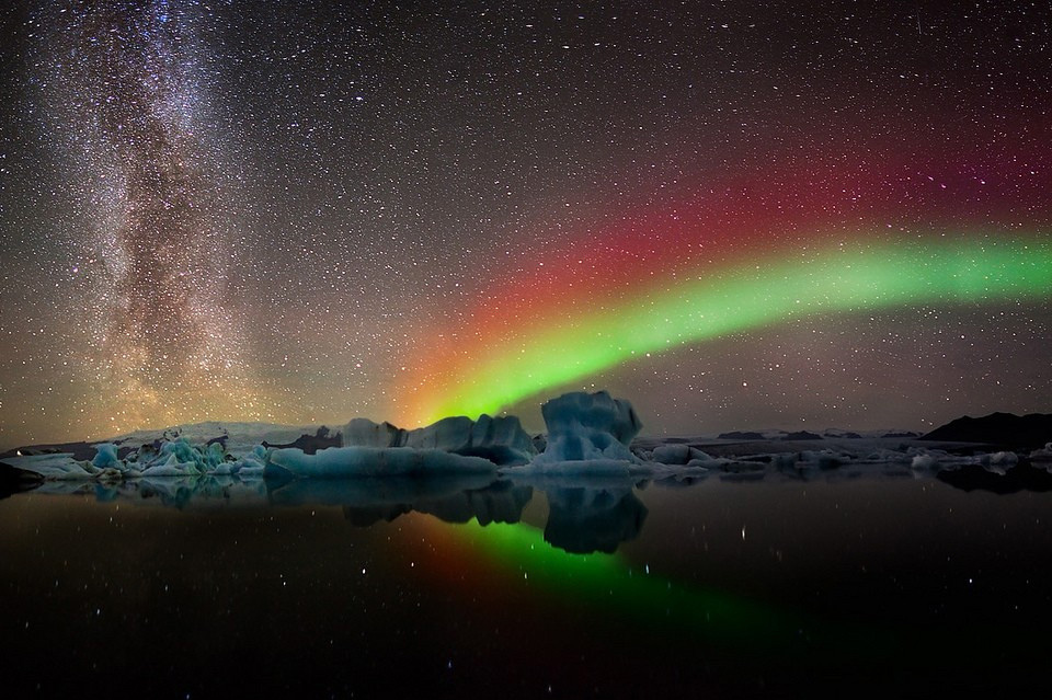 colors of aurora borealis