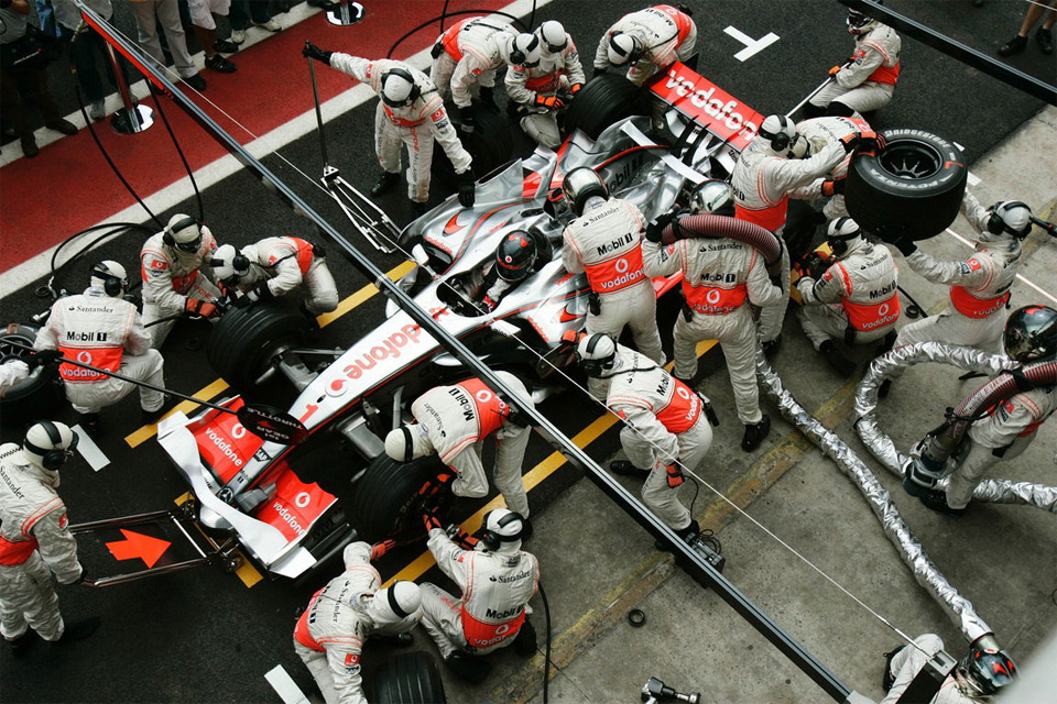 formula one pit stop
