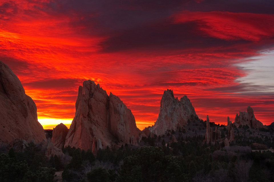 spectacular sunrise, gods park, colorado