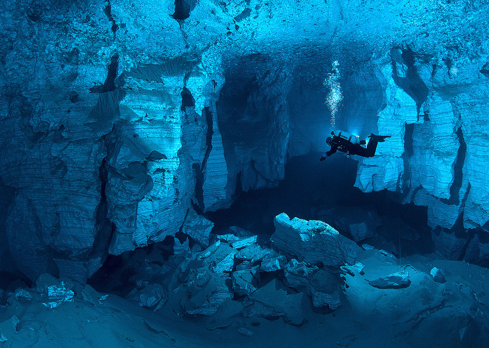 the world&#8217;s largest underwater cave, russia