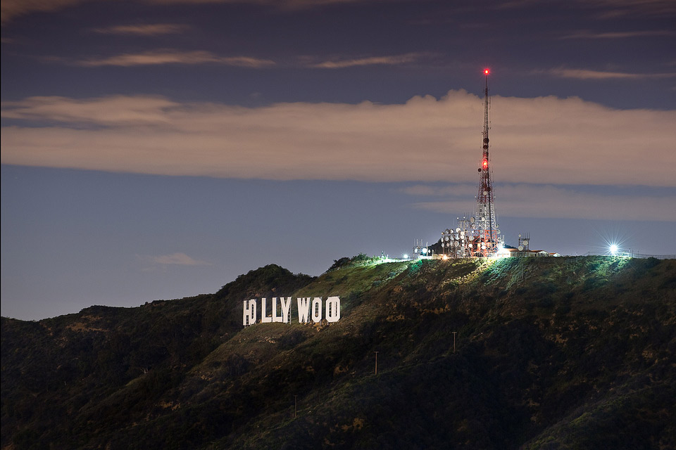 hollywood sign by night