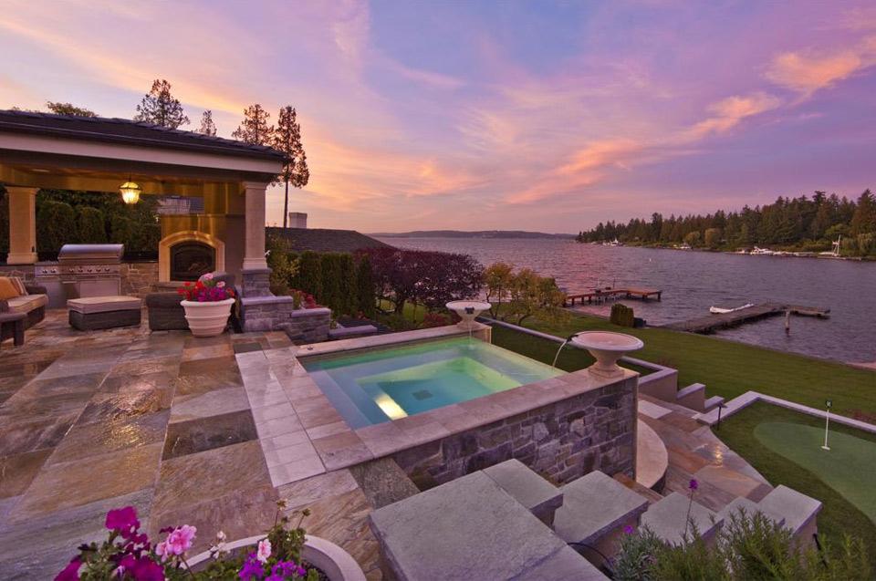 modern lake house