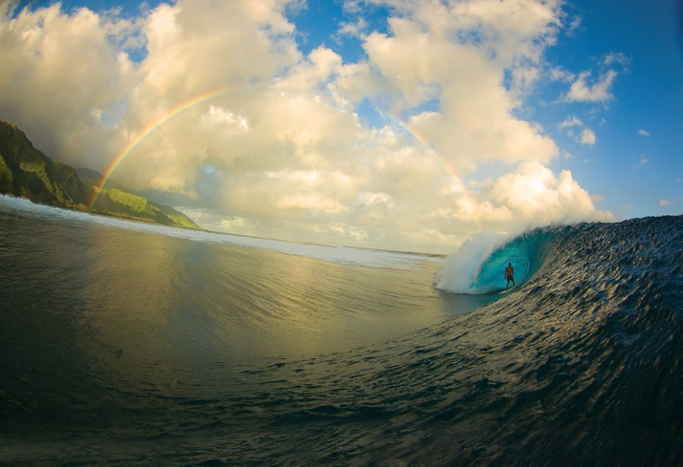 surfing perfection, tahiti