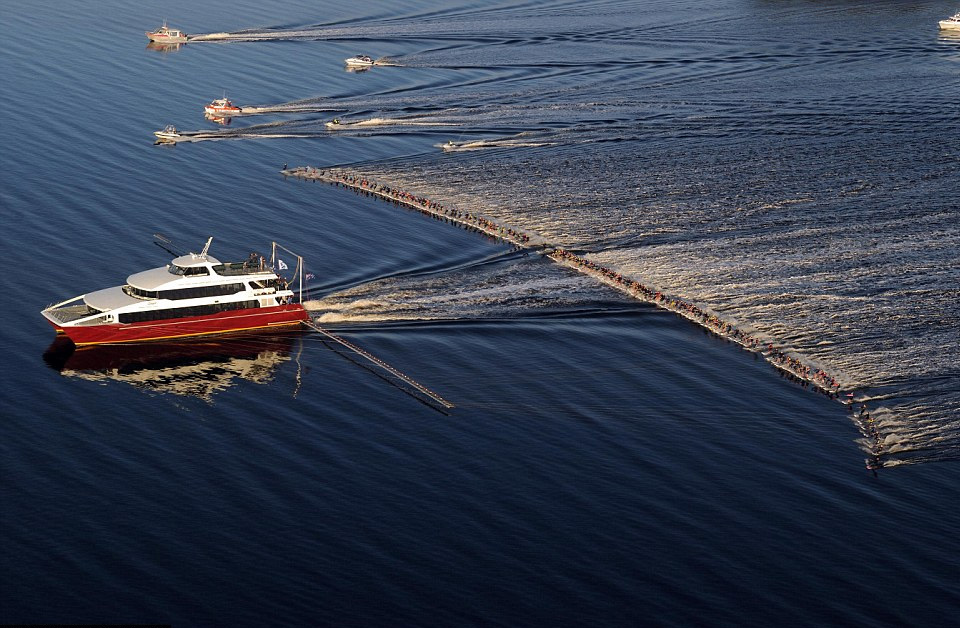 water skiers, new world record