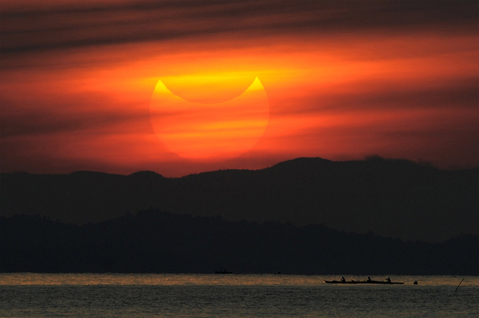 partial solar eclipse, manila