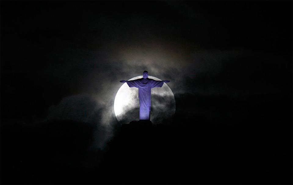 super moon over rio de janeiro
