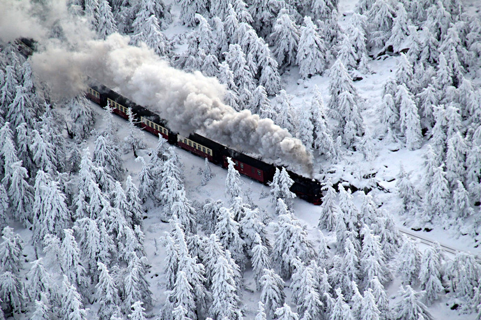 train goes to the snow, germany