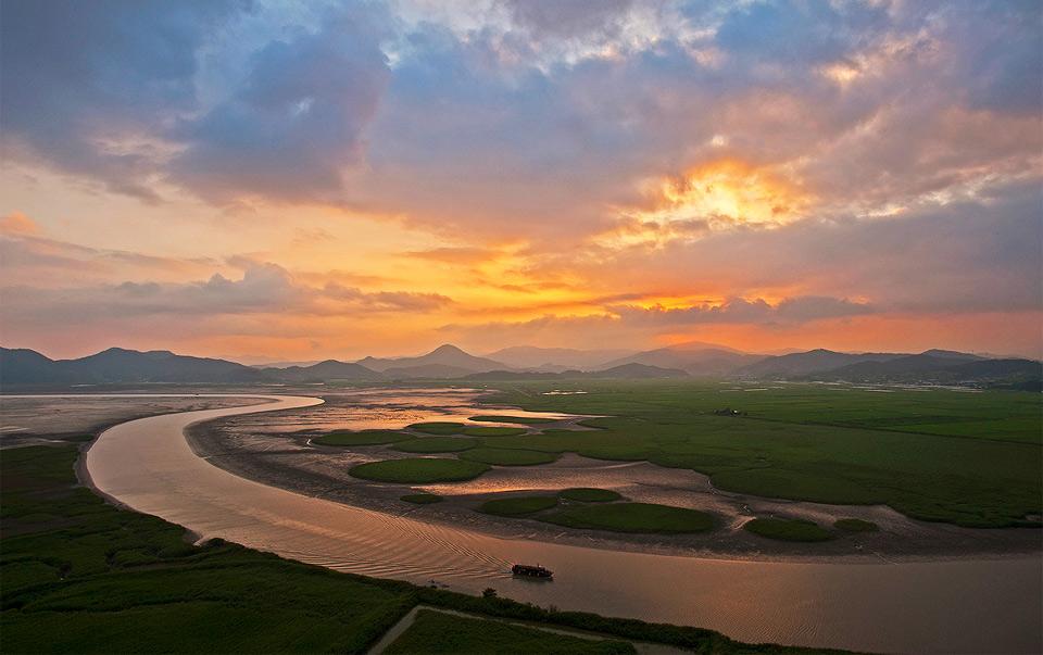 suncheon bay sunset, south korea