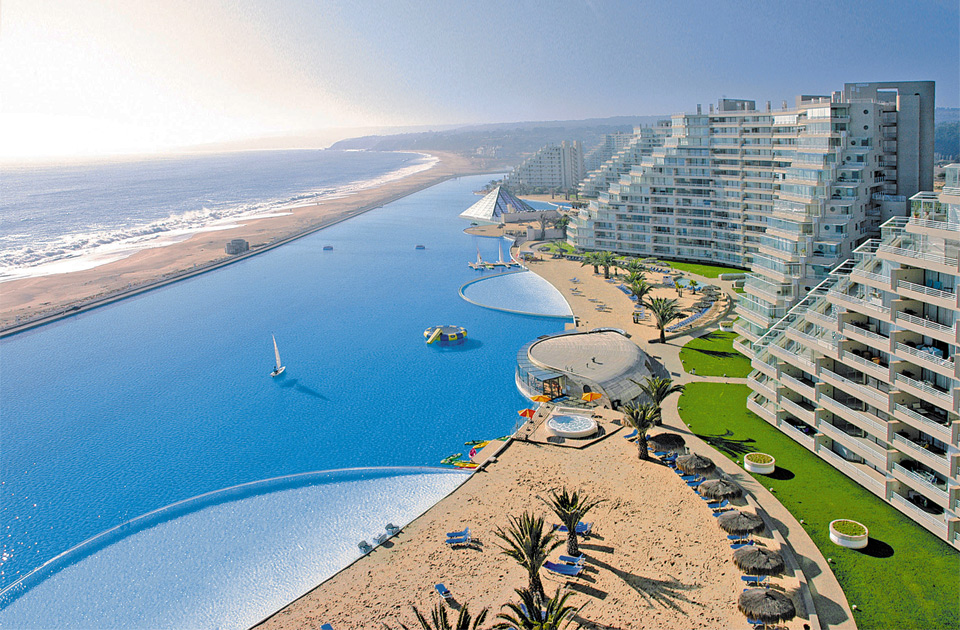 world`s largest swimming pool, san alfonso del mar, chile