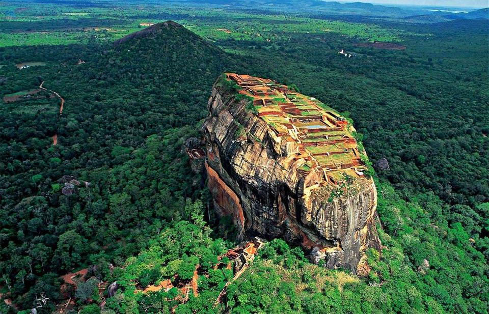 lion mountain, sri lanka