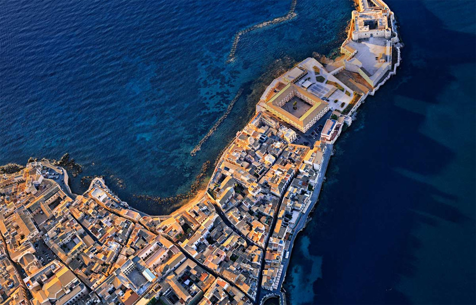aerial view of castello maniacine, syracuse, sicily