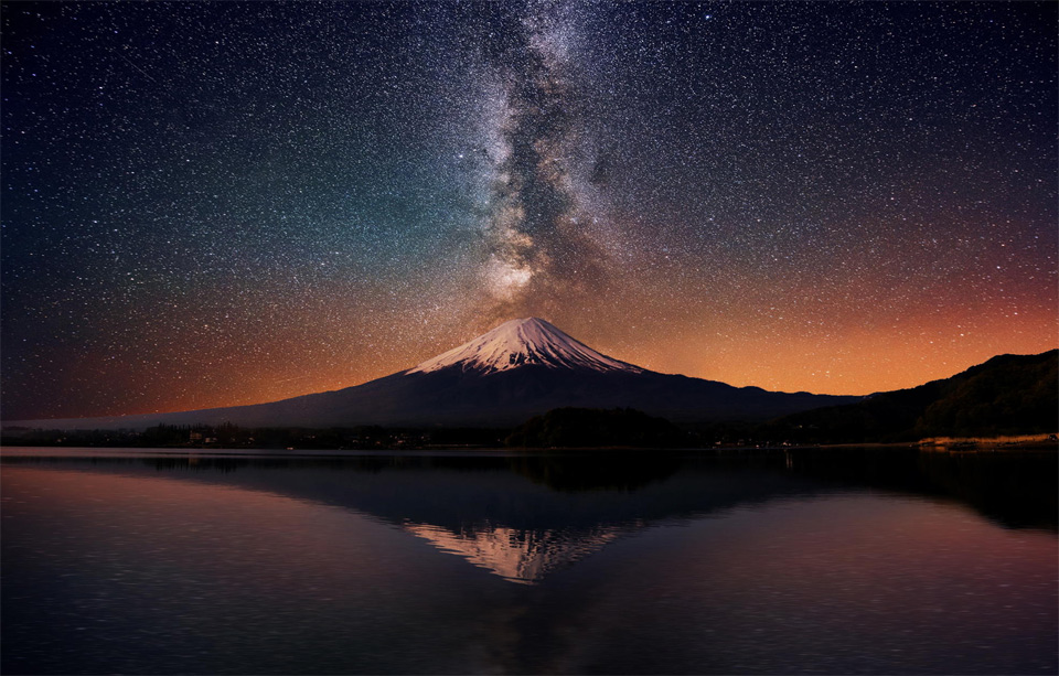 milky way over mount fuji