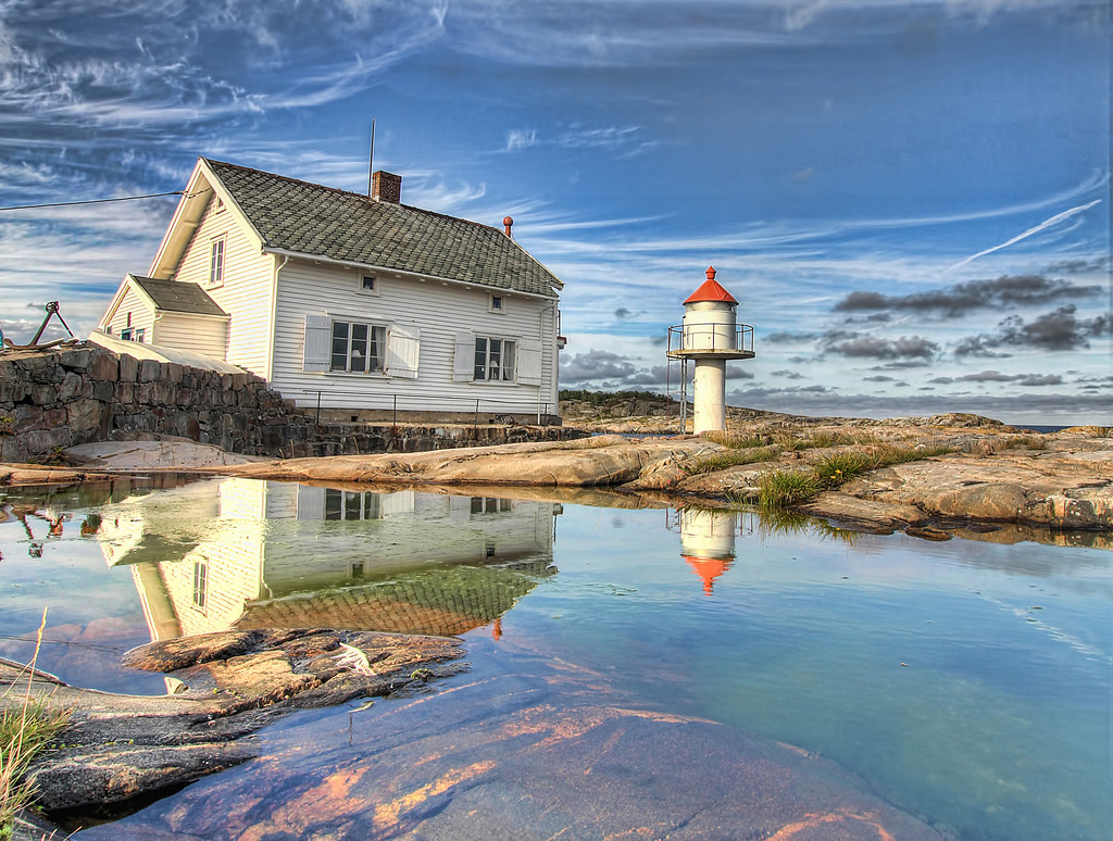 stangholmen lighthouse, risør, norway
