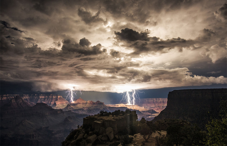 thunderstorm-over-grand-canyon