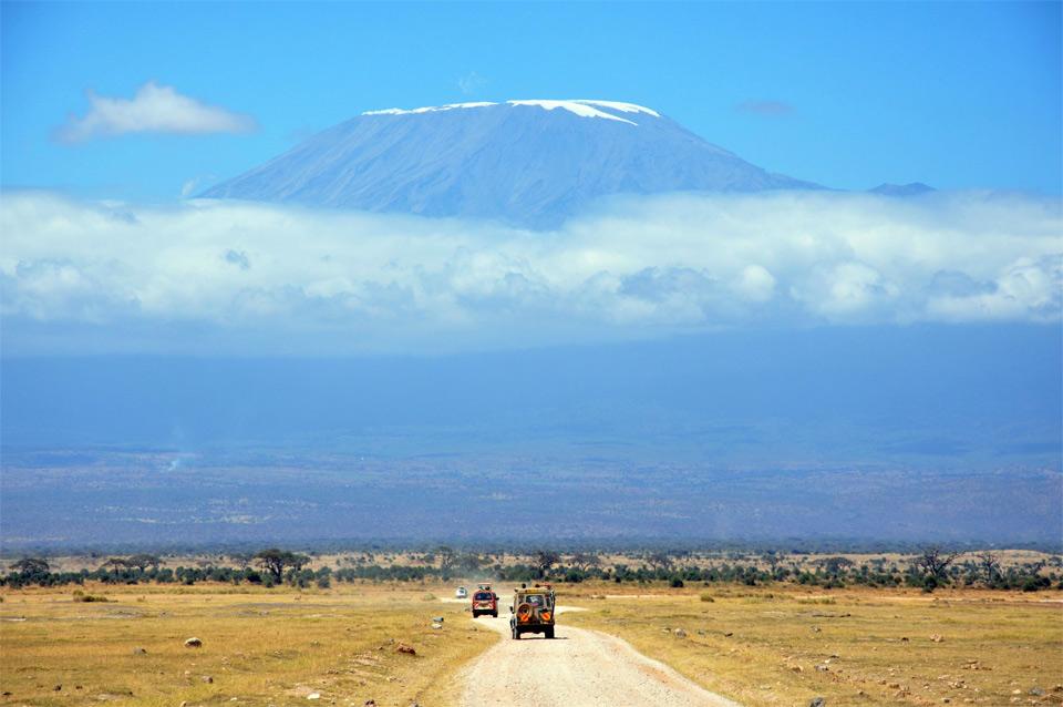view on mount kilimanjaroa, kenya