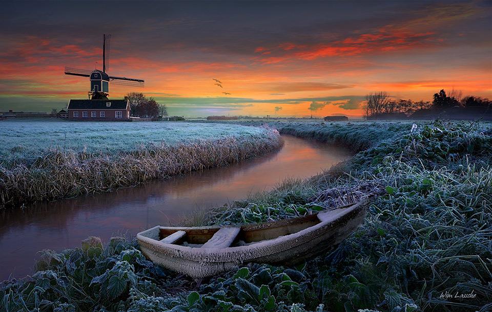 frosty field, holland