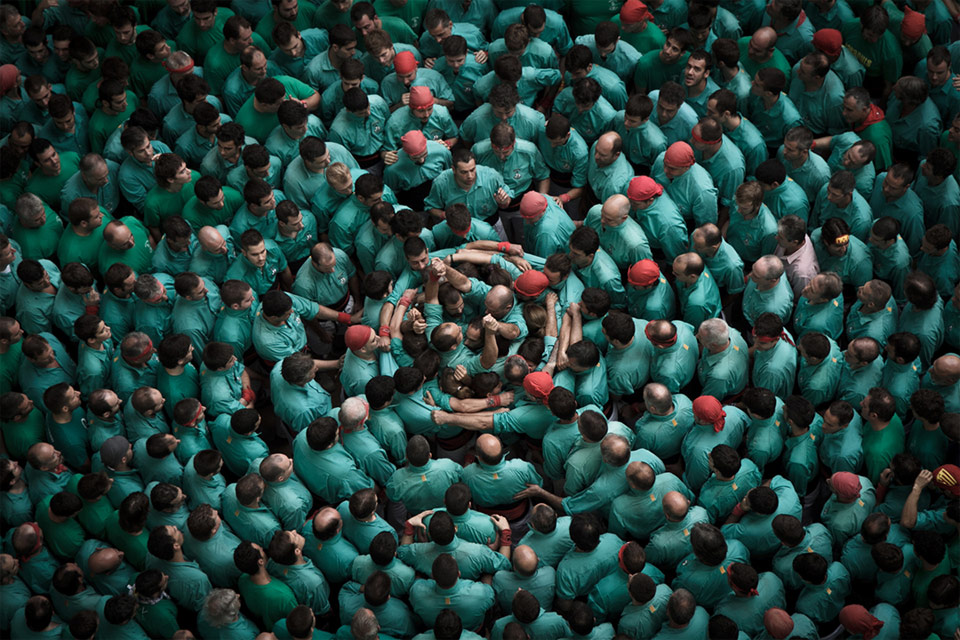 making of human tower, spain