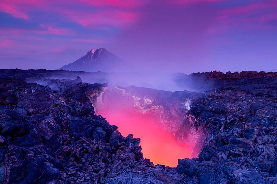 lava tube, italy