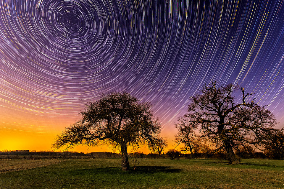 startrails on the move