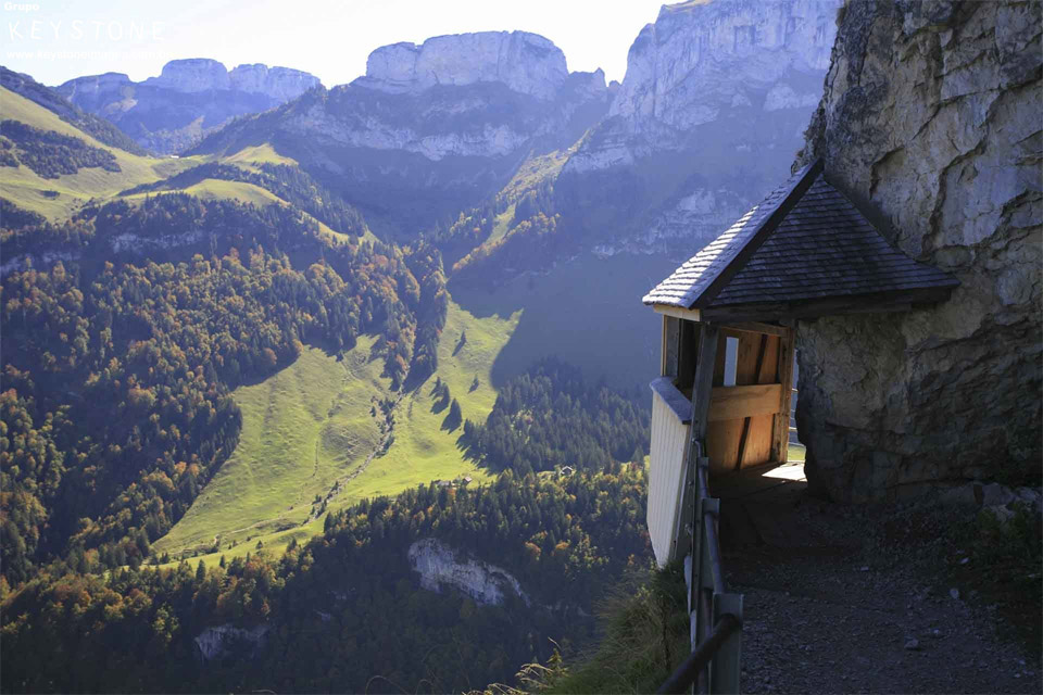 alpes tavern, switzerland