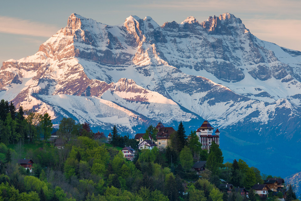 morning in the swiss alps