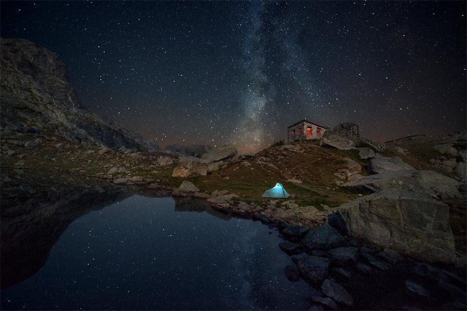 camping below night sky of bulgaria