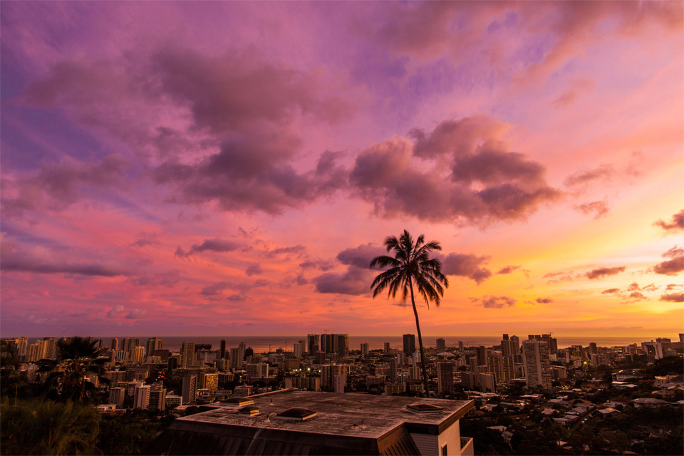 sky over honolulu, hawaii