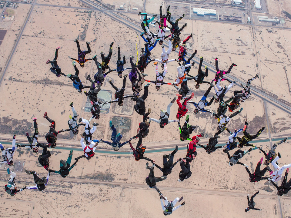 63 Women Set World Record In Vertical Skydive