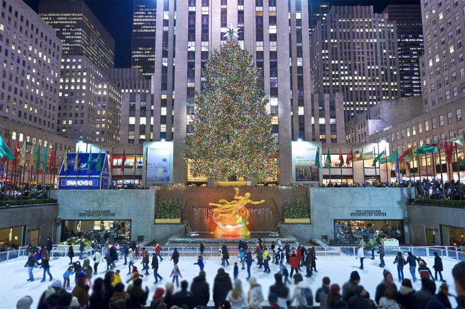 Skating At Rockefeller Center, New York