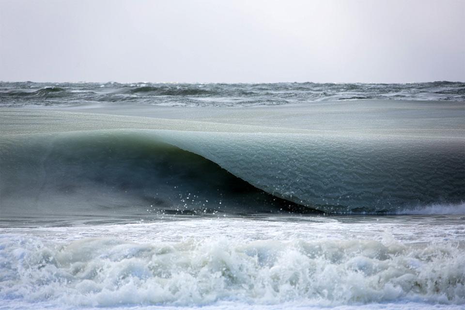 Giant Frozen Waves, Nantucket