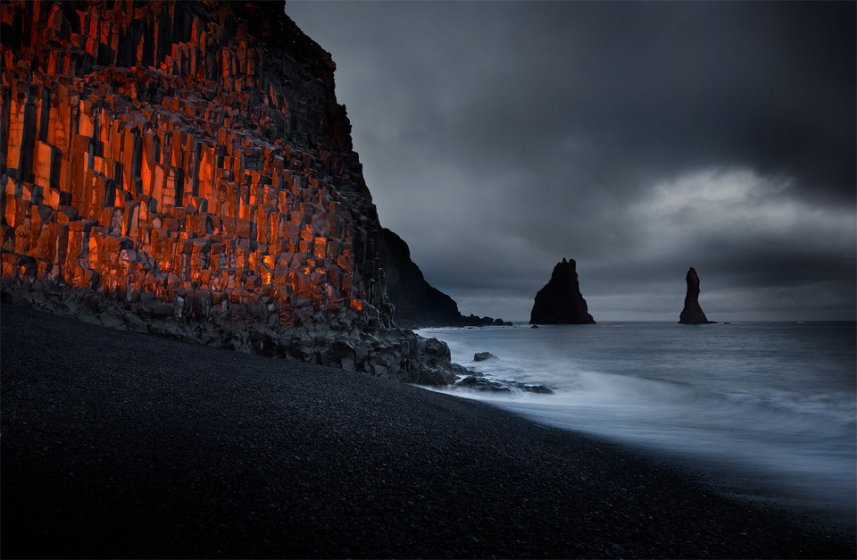 sunset at black sand beach iceland photo one big photo. Black Bedroom Furniture Sets. Home Design Ideas
