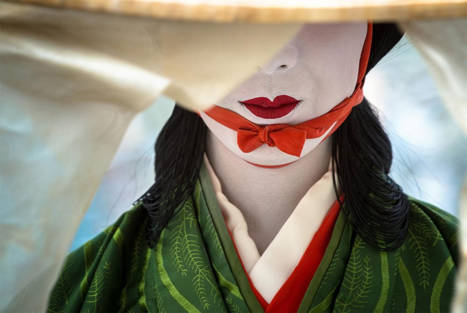 geisha-make-up,-kyoto,-japan