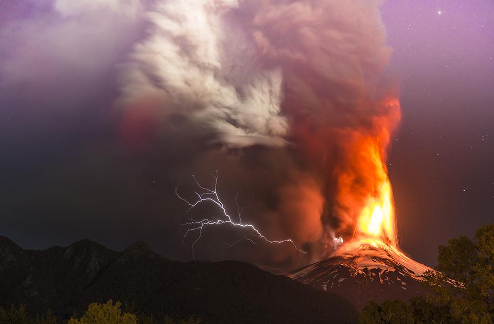 Villarrica Volcano Eruption In Chile