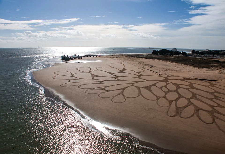 Huge Sand Drawings, Atlantic Coast