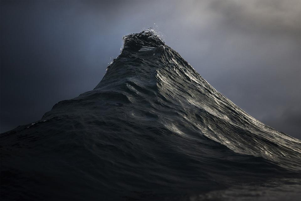 amazing-wave-8