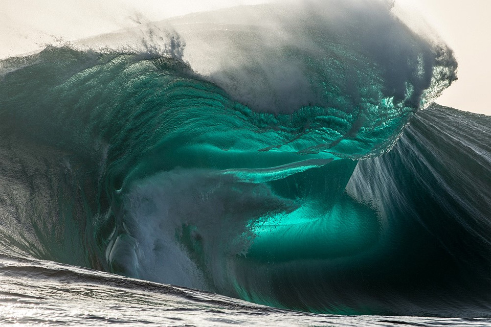 Insane Wave Formation
