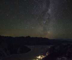 milky way over new zealand