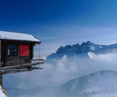 hut hanging over the edge, alpes, switzerland