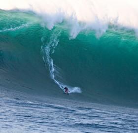 68 foot wave