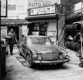 black and white auto repair