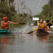 buddhist monks caught in bangkok flood