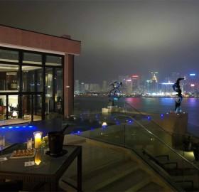 cityscape dinner