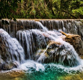 khoung si waterfall, laos