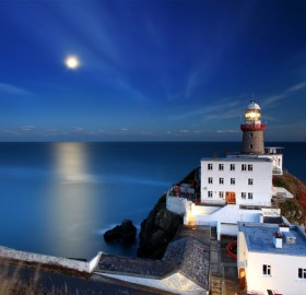 moonrise lighthouse