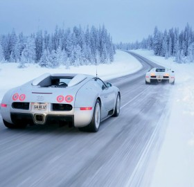 bugatti veyron at winter boulevards