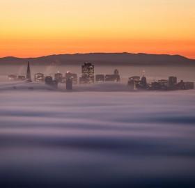 san francisco downtown in fog