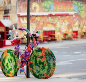 crochet bicycle – unusual street art