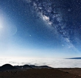 milky way, seen from the top of mauna kea, hawaii