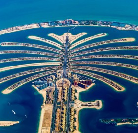 amazing dubai`s palm island